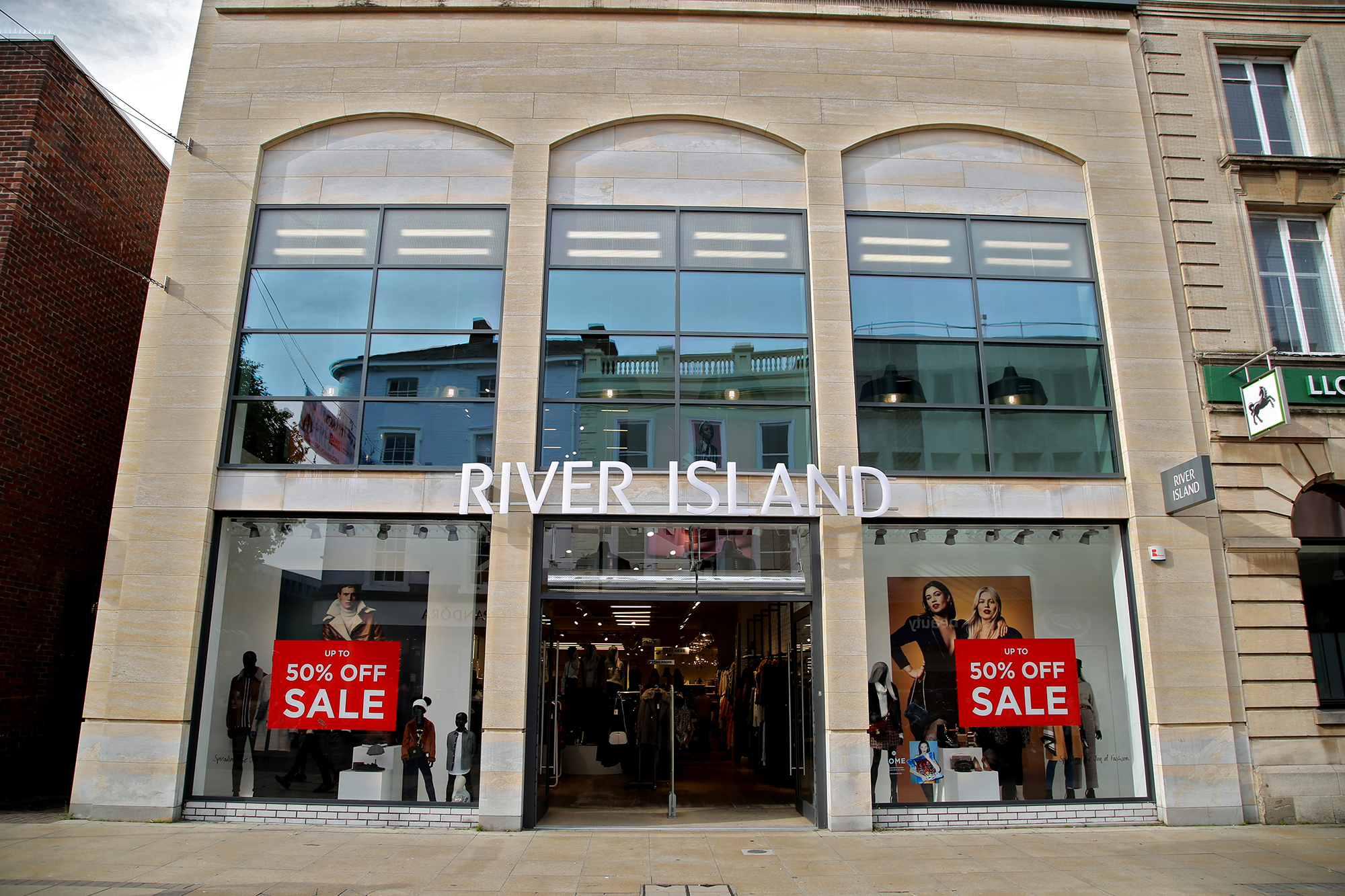 River Island, Lincoln – Grey Aluminium Curtain Walling and Shop Fronts by Newglaze Windows